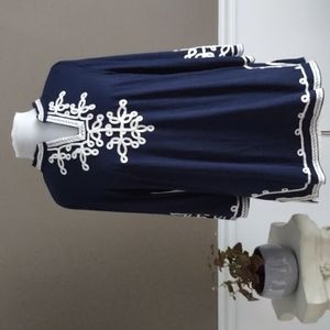 NWT Lauren Michelle embroidered tunic